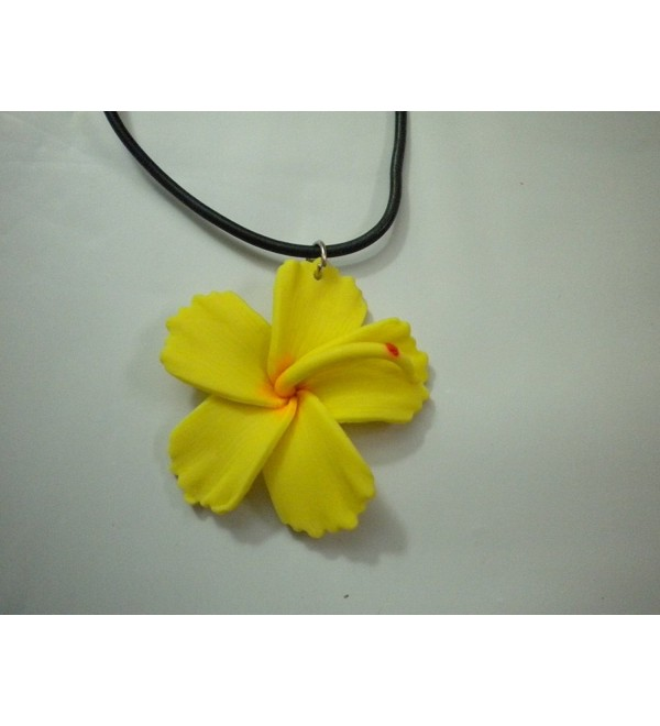 Hawaiian Hibiscus Flower Pendant Choker Necklace Costume (Yellow) - C8118YABMN3
