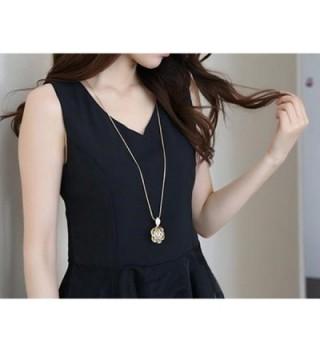 Z Jeris Fashion Rhinestone Stuffing Necklace in Women's Pendants