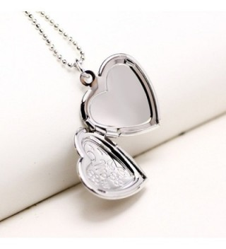 Mothers Mother Engraved Flower Necklace in Women's Lockets