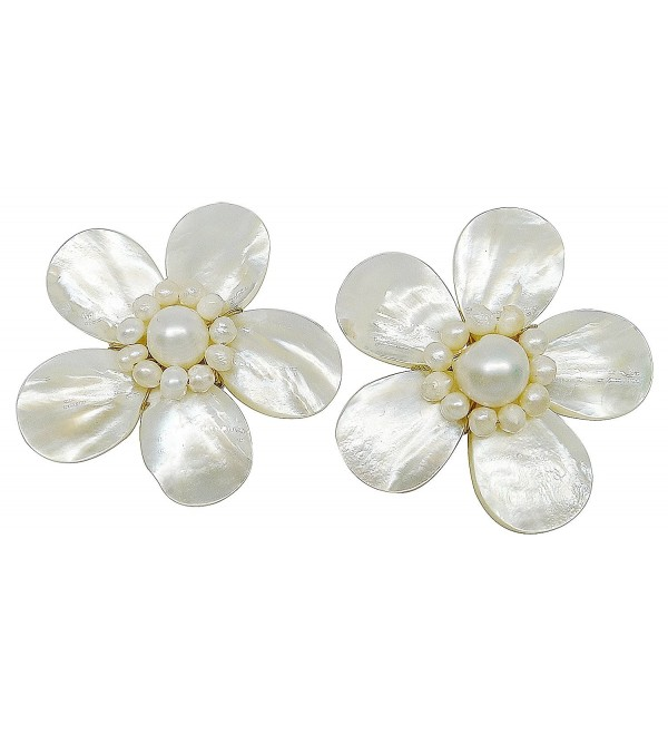 Bijoux De Ja Handmade White Shell Pearl Pollen and Mother of Pearl Flower Clip-on Earrings - CA11EMX1SQN